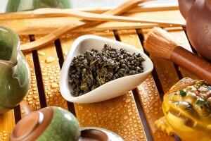 Чай зеленый китайский Ганпаудер, листья перечной мяты.